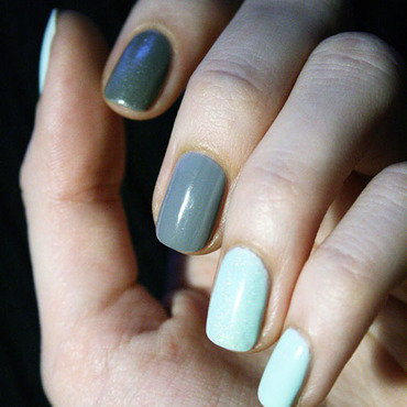 Mint&Grey mix nail art by Pat