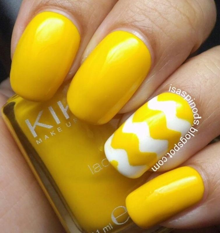 #Reto31Dias2015 Día 3 - Amarillo nail art by Isabel