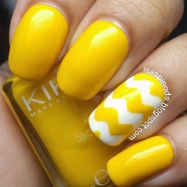 #Reto31Dias2015 Día 3 - Amarillo nail art by Isabel