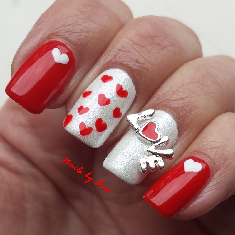 LOVE nail art by Ewa