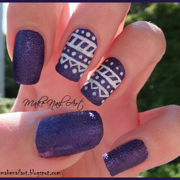 Textured 20polish 20tribal 20print 20nails thumb370f