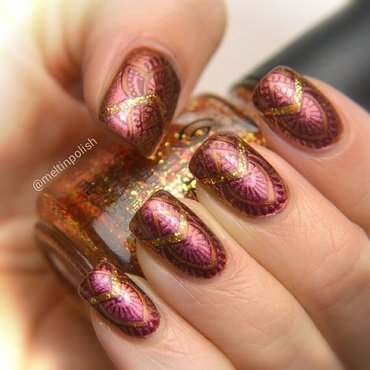Crown of Glitters nail art by Meltin'polish