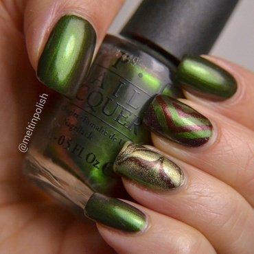 Melted Chevrons nail art by Meltin'polish