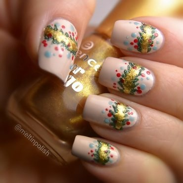 Garland nail art by Meltin'polish