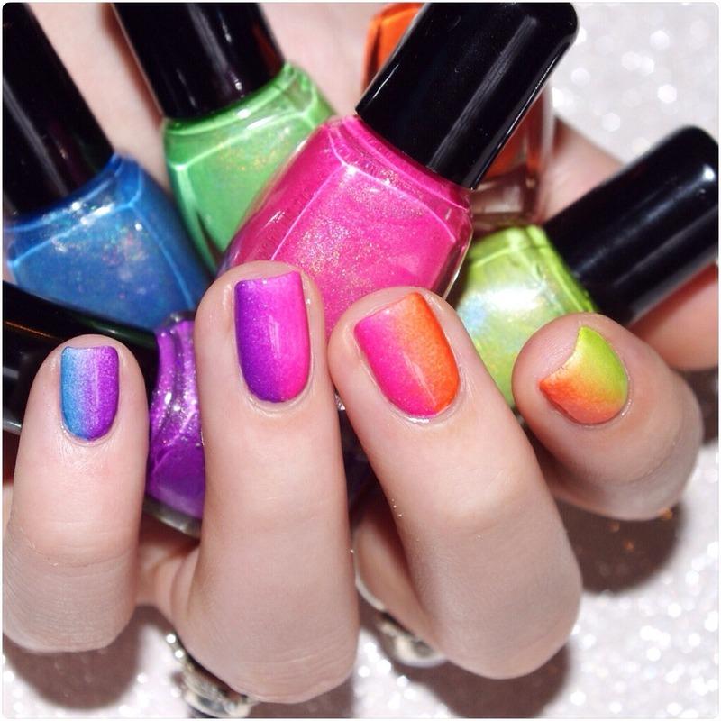 Gradient neon ! nail art by Bulleuw