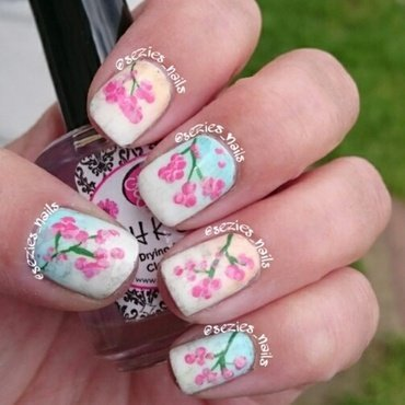 gradient blossom nail art by Sarah Bellwood