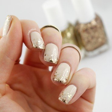 Style Glitter Tips nail art by Ann-Kristin