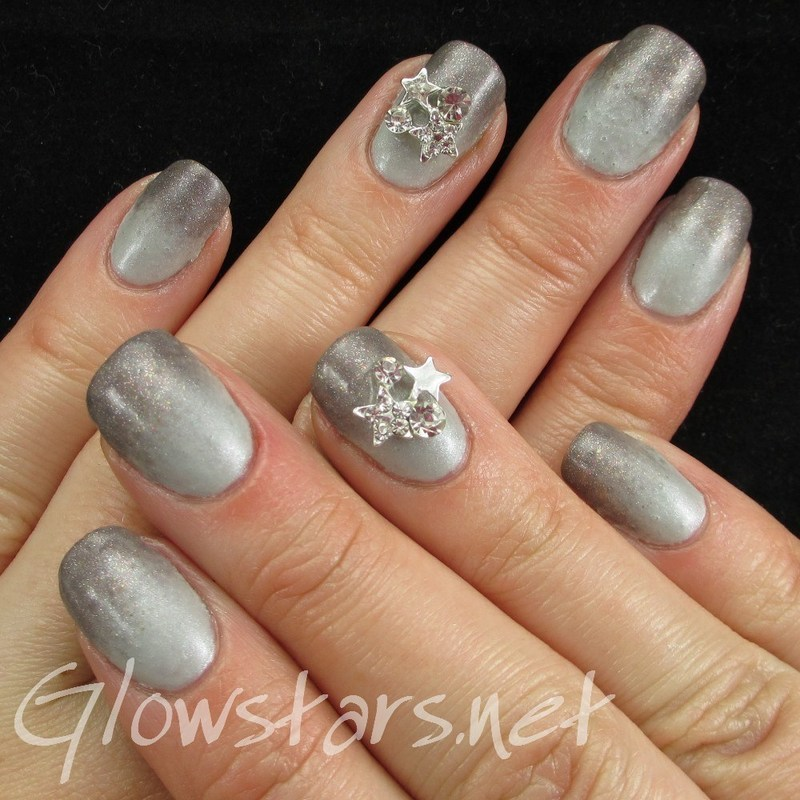 Gelish Gradient nail art by Vic 'Glowstars' Pires