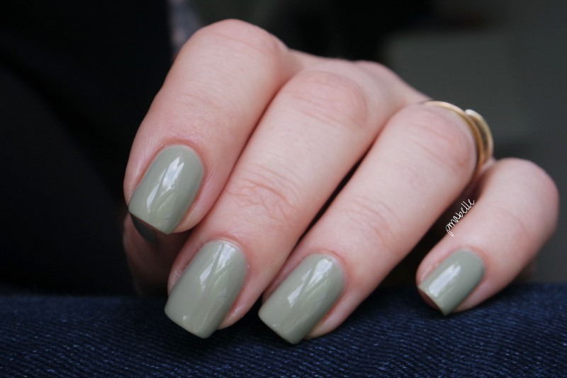 Rimmel sage green Swatch by Pmabelle