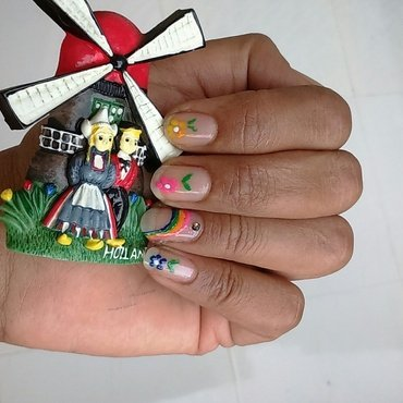 rainbow nail art by nail nakshi
