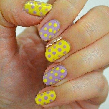 Spotted nail art by NailsContext