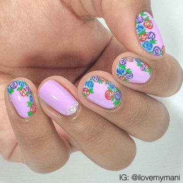 Floral Mani! nail art by Gabrielle