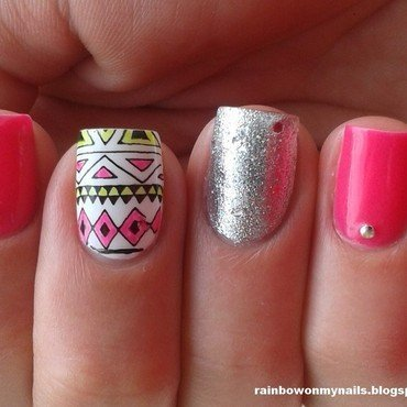 Pink aztec nail art by specialle
