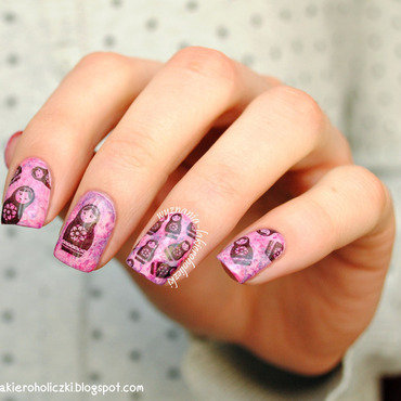 Matryoshka dolls nail art by Olaa
