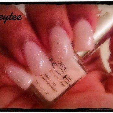 Plain n pretty nail art by peecheytee