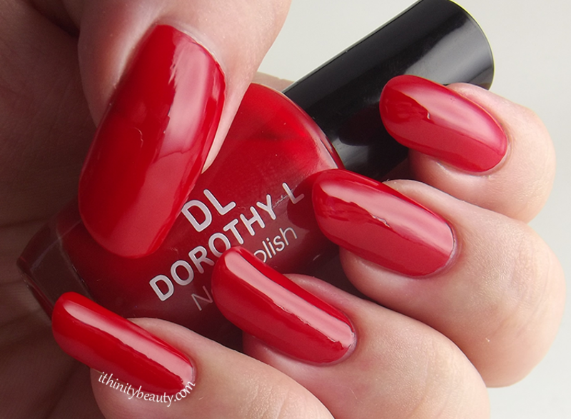 Dorothy L 131 Swatch by Ithfifi Williams
