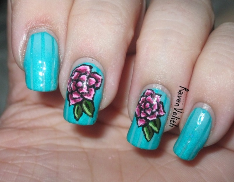 Reciprocal Gradient Roses nail art by Lynni V.