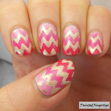 Pink and gold zigzags nail art by Kerry_Fingertips