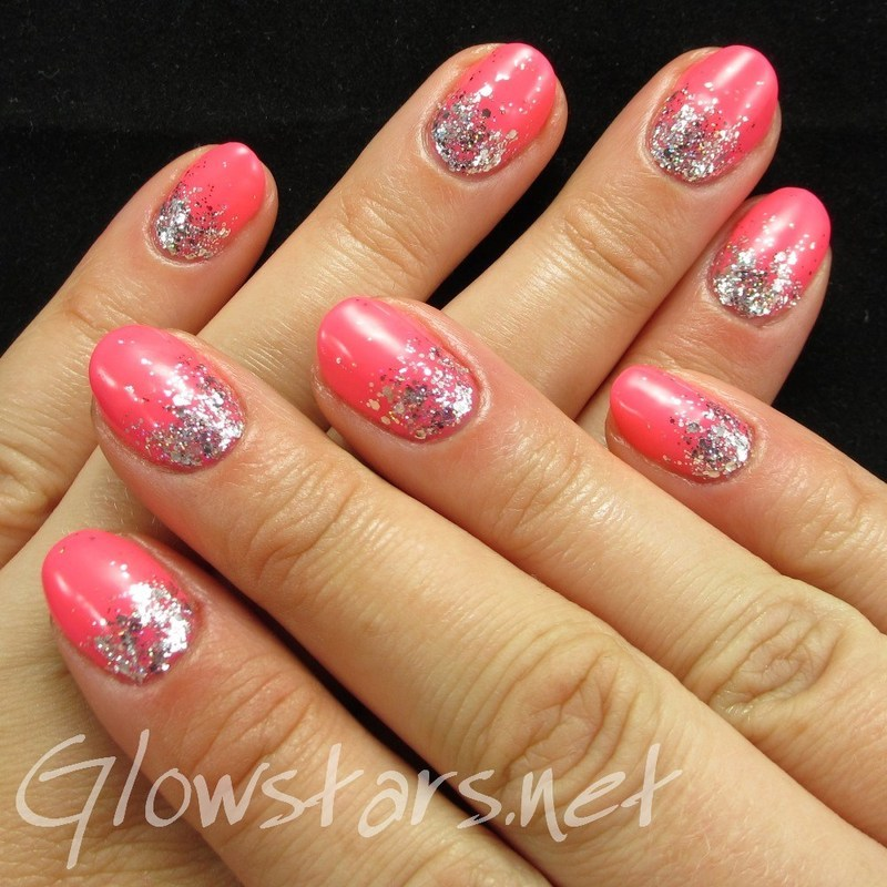 A Gelish Glitter Gradient nail art by Vic 'Glowstars' Pires