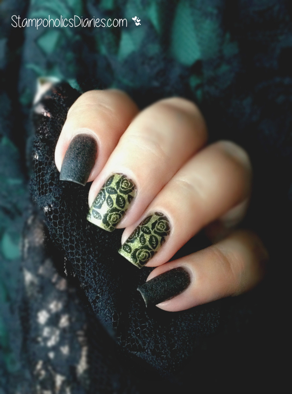 Black Rose Nails Nail Art By Natasha Nailpolis Museum Of Nail Art