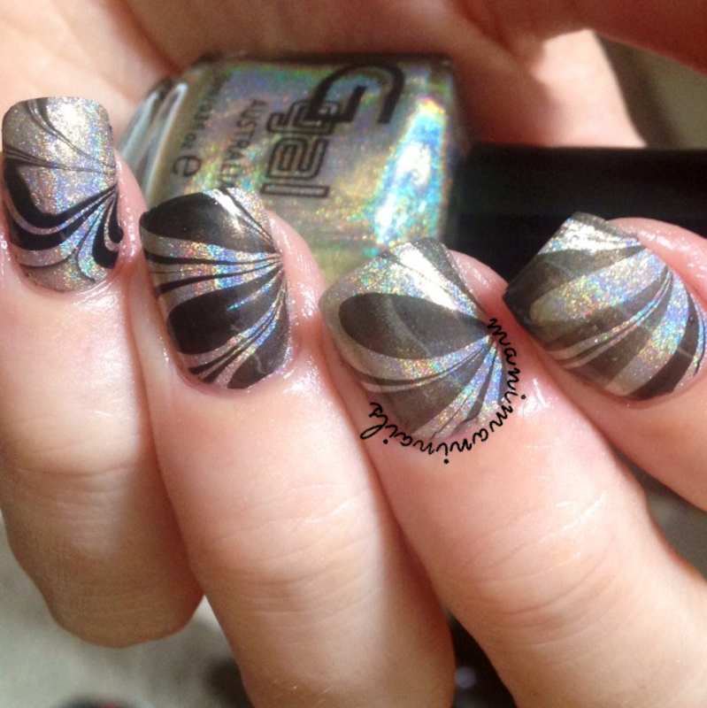 Holographic watermarble nail art by manimaninails