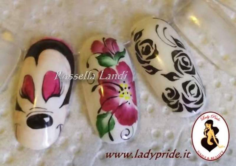 Cartoon mix nail art by Rossella Landi