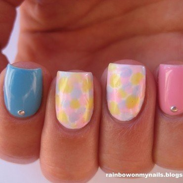 Pastel mosaic nail art by specialle