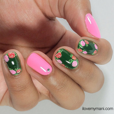Hand Painted Floral Nails! nail art by Gabrielle