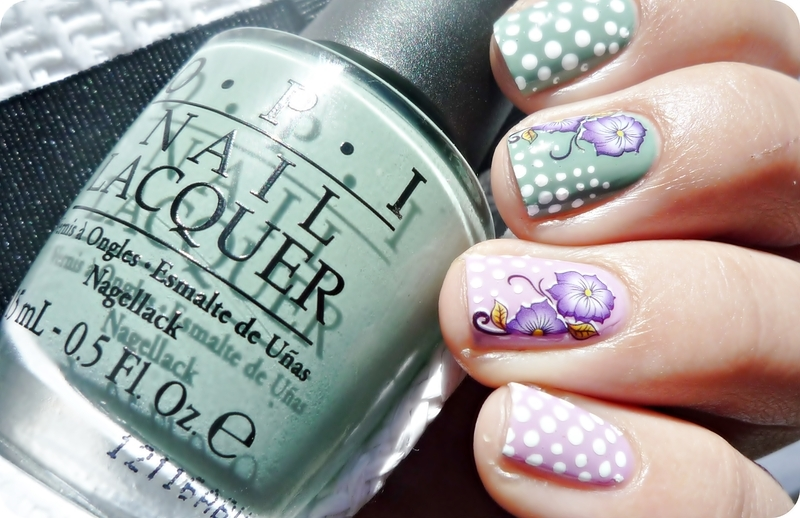 Flower Waterdecals nail art by Romana