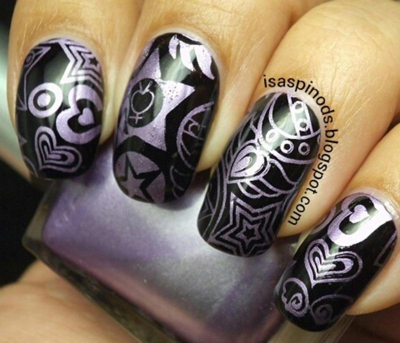 #Reto31Dias2015 Día 8 - Metálico nail art by Isabel