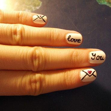 Valentine's Day nail art by Sophie Mácsay