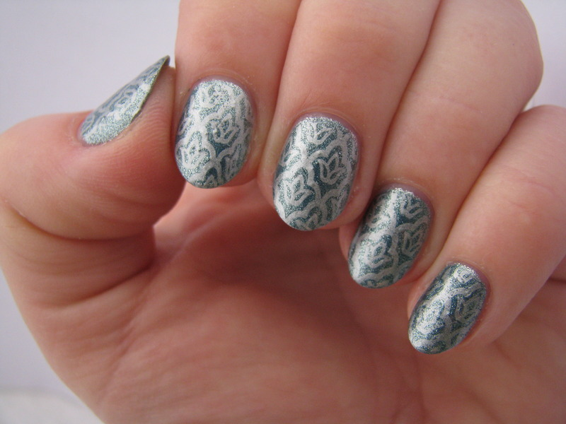 Silver tulips nail art by Nail Crazinesss