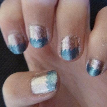 Wave party ! nail art by Anne-Laure BM