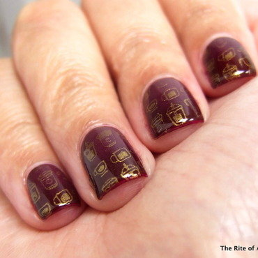 Red Gradient and Gold Stamping Nail Art nail art by Monica