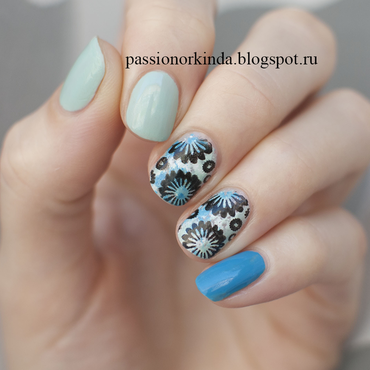 Stamped florals nail art by Passionorkinda