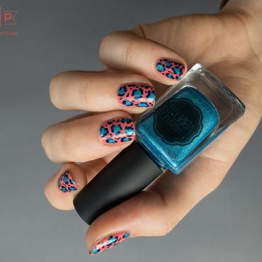 Manucure léopard sous ecstasy nail art by Kate C.