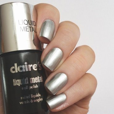 Claire's Liquid Metal Silver Swatch by nagelfuchs