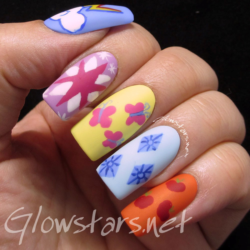 My Little Pony nail art by Vic 'Glowstars' Pires