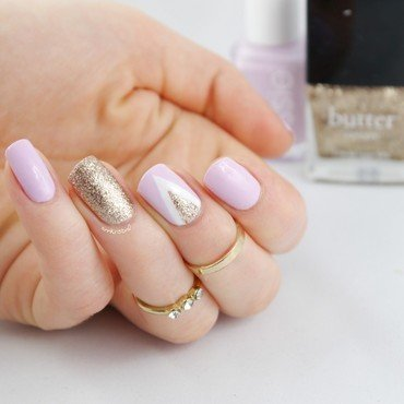 Lilac Chevron nail art by Ann-Kristin
