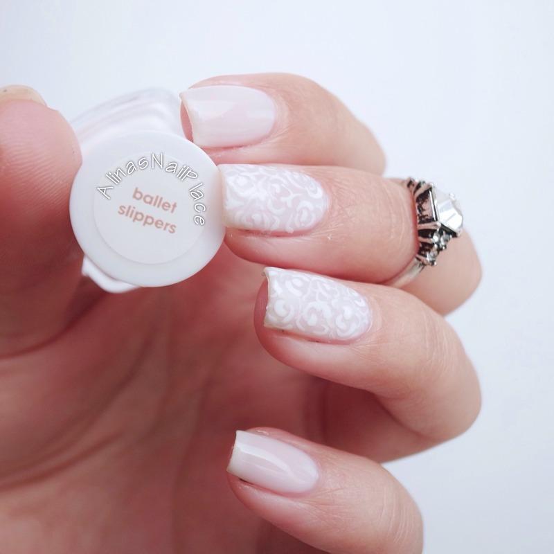 Floral Romance nail art by Alina E.