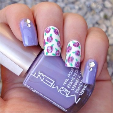 Matching Manicures - Flowers nail art by Sanela