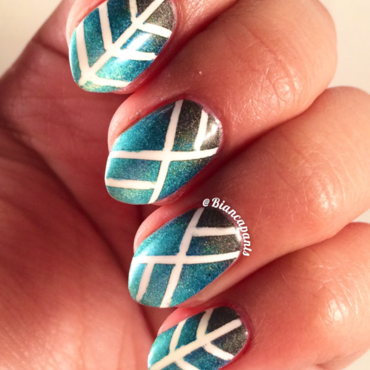 Holo Gradient Geometry nail art by Bianca  Pants