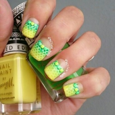 Green and yellow gradient nail art by Sarah Bellwood