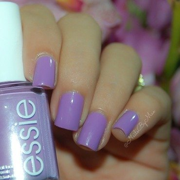 Essie Play Date Swatch by Sheily (NailsByMae)