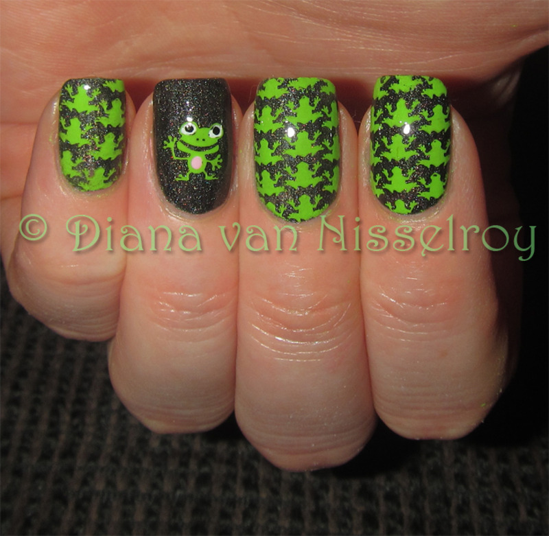 Froggies nail art by Diana van Nisselroy