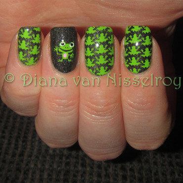 Froggies thumb370f