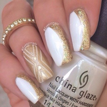 White & Gold ✨✨✨ nail art by Virginia