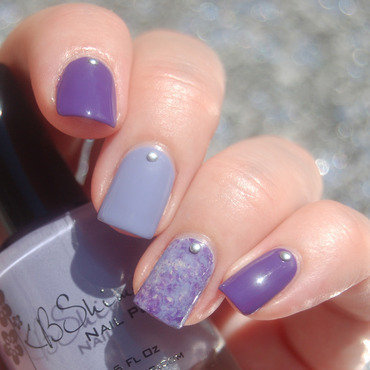 Purple Monochromatic Mani nail art by Katie of Harlow & Co.