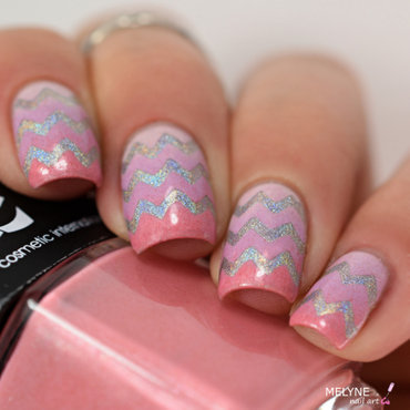 gradient and chevrons nails holo nail art by melyne nailart