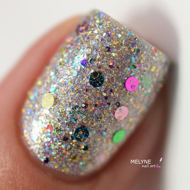 Glam 20polish 20you 20spin 20me 20round 204 thumb370f